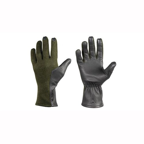 Accessories > Gloves - Preview 1
